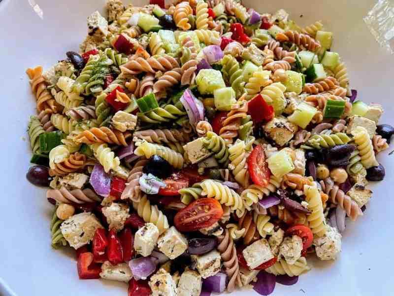 Healthy Greek Pasta Salad Recipe