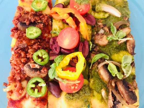 IMG_9521-300x225 Vegan Flatbread Pizza 3 Ways