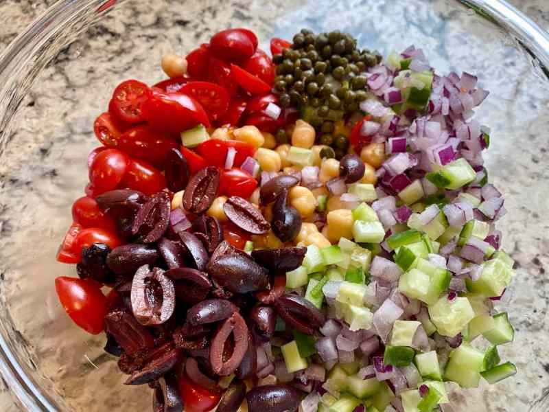mediterranean-salad-ingredients-2jpg-1024x768 Mediterranean Salad