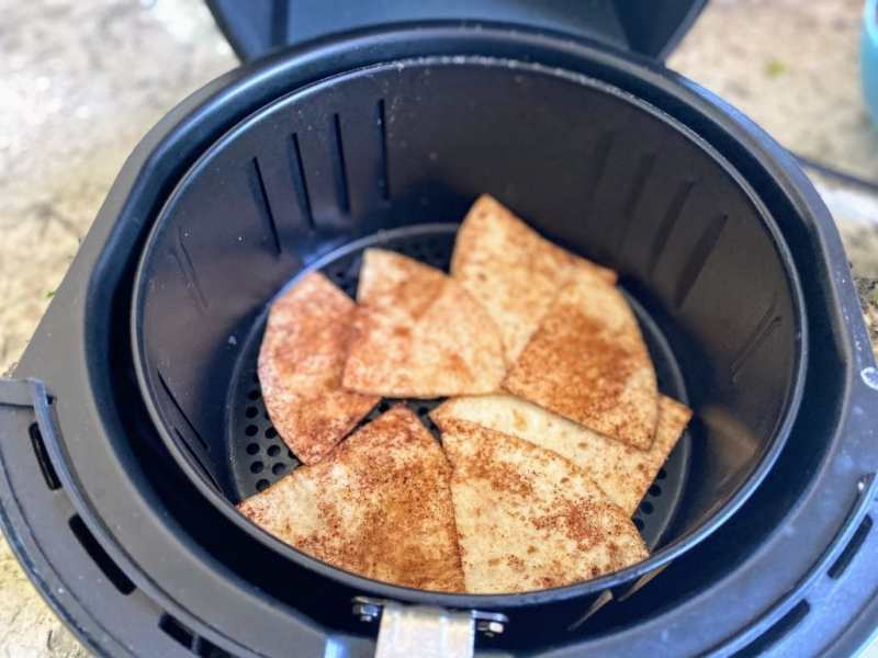 Cinnamon tortilla chips in air-frier
