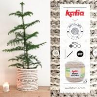 Crea un macetero a crochet o cesta para árbol de Navidad con el patrón de Handmadejolie