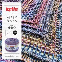Un châle triangulaire au crochet avec une seule pelote de Funny Rainbow Star par Mely Raya