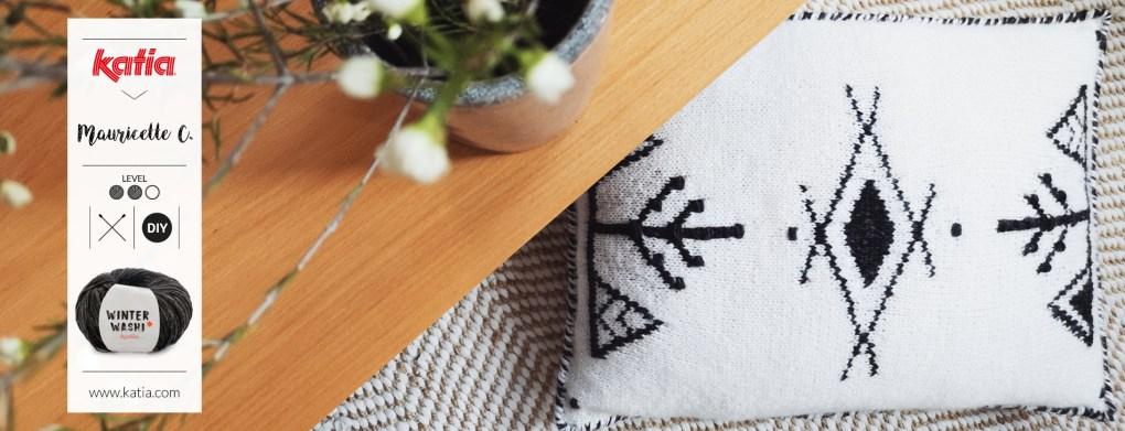 coussin au tricot d'inspiration berbère