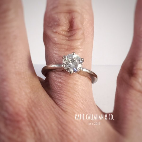 14kt White Gold Diamond Solitaire (1.09cts) Engagement Ring (Vintage)