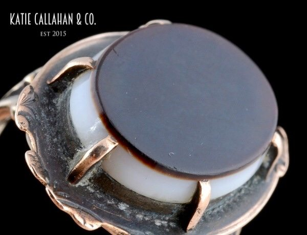 Victorian 9kt Yellow Gold Banded Onyx Ring (Antique)