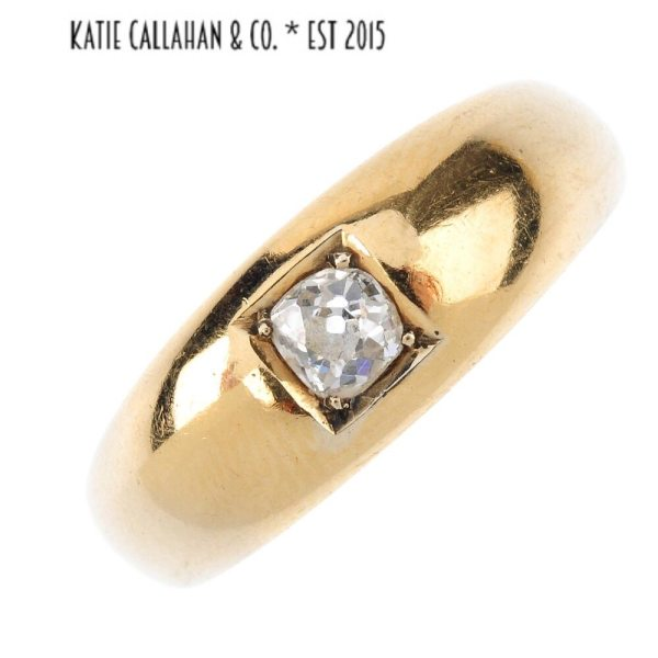 Late Victorian Gypsy Set Old Cut Diamond 18kt Yellow Gold Ring (Antique)