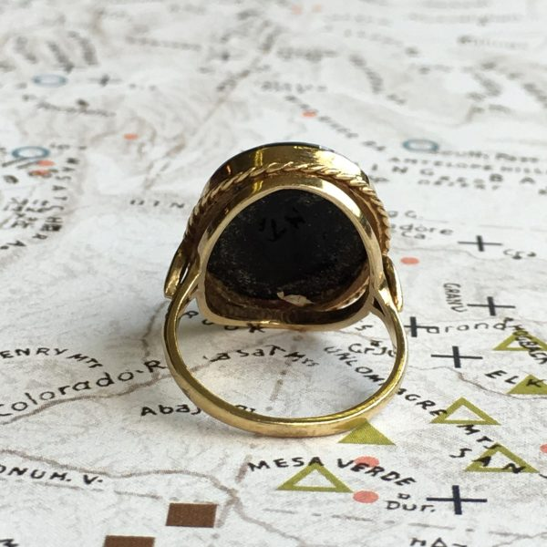 Retro 9ct Yellow Gold Onyx Cameo Ring (Vintage)