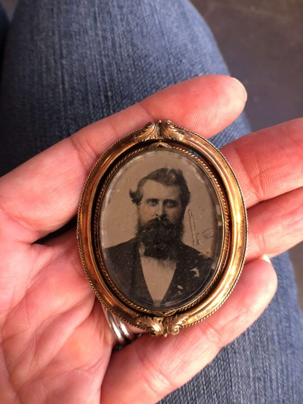Antique Gold Filled Swivel Portrait Mourning Brooch