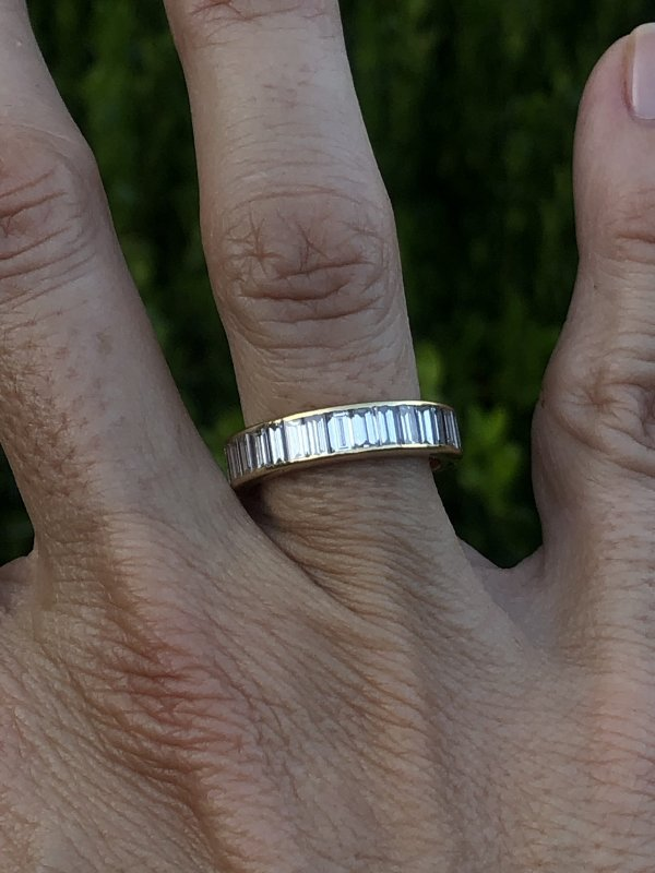 14kt Yellow Gold Vintage French Diamond Band