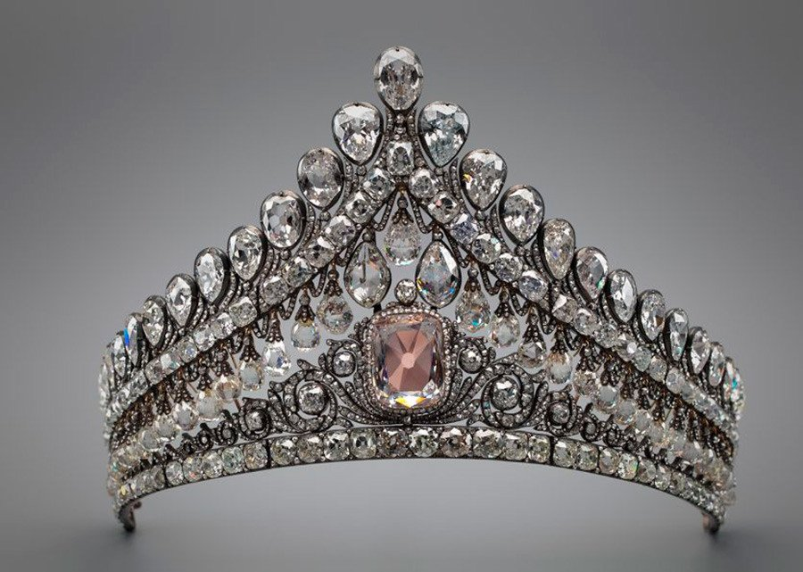 Royal Russian Tiaras: The Russian Nuptial Tiara