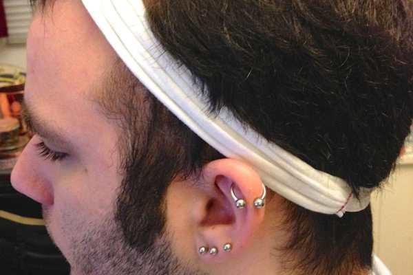 DIY Knotted Headband Tutorial by Katie Crafts; https://www.katiecrafts.com