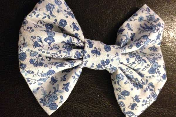 How To Sew A Hair Bow Tutorial by Katie Crafts; https://www.katiecrafts.com