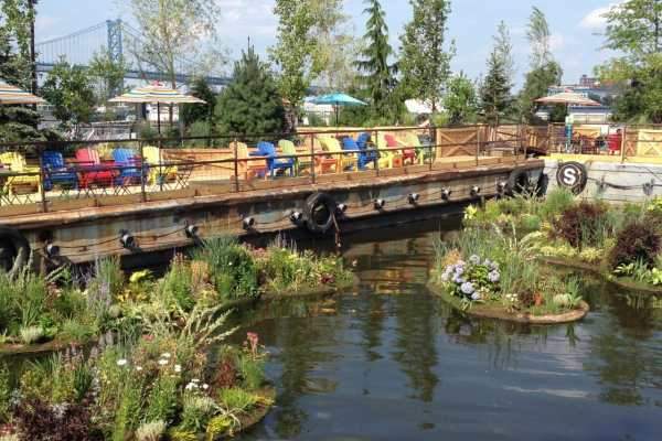 Spruce Street Harbor Park on Katie Crafts; https://www.katiecrafts.com