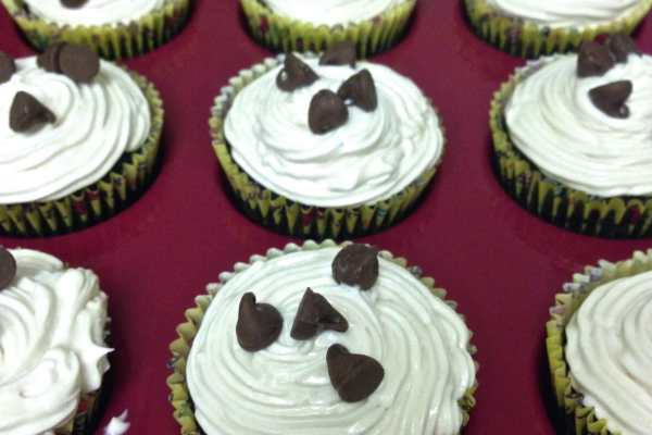Irish Car Bomb Cupcake Recipe by Katie Crafts; https://www.katiecrafts.com