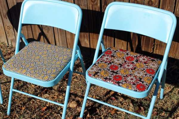 Restyled Folding Chairs DIY from Punk Projects