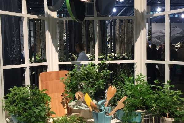 2016 Philly Flower Show Recap on Katie Crafts; https://www.katiecrafts.com