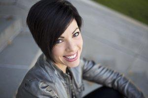 Writer and blogger Bobbie Schae