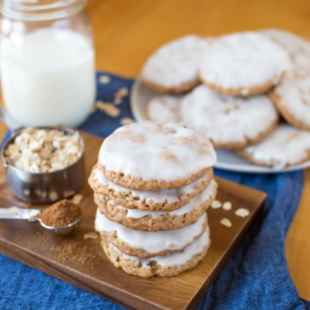 iced-oatmeal-cookies-resize-4