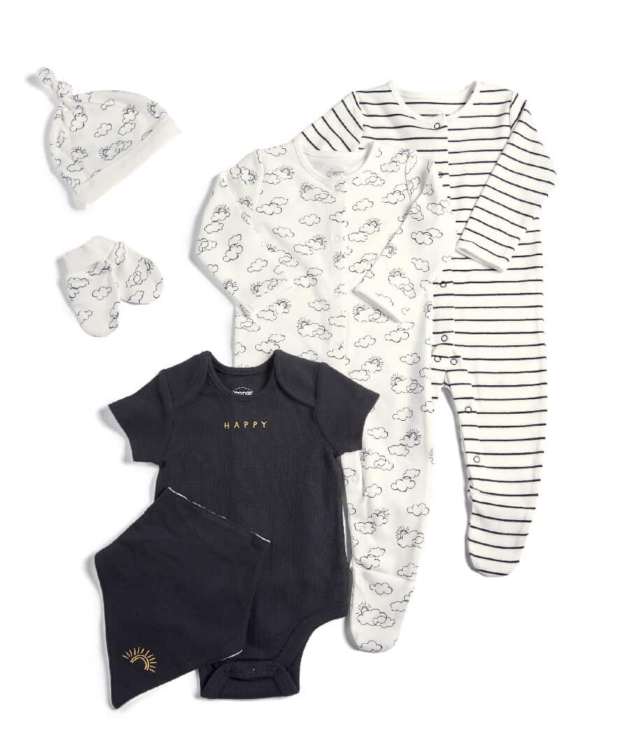 Mamas & Papas Welcome To The World 6 Piece Clothing Gift Set- Monochrome