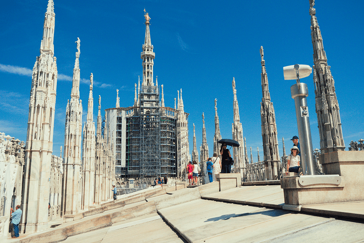 How to avoid the crowds at Milan Duomo | Kat is Travelling