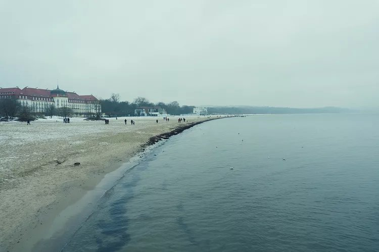 Image of sea and beach on a grey day in winter in Poland
