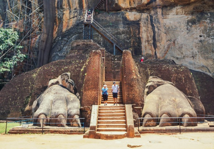 Image of the lion's feet entrance to the second part of the climb at Sigiriya Rock in Sri Lanka