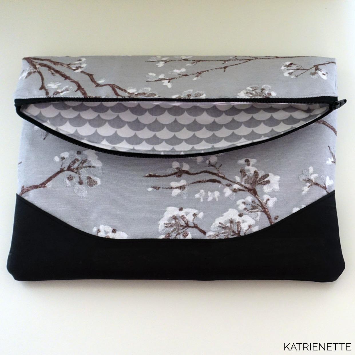 katrienette swoon heidi foldover clutch wristlet bag bags tas tasje kurk kurkleer flower flowers fabric bloem bloemen stof