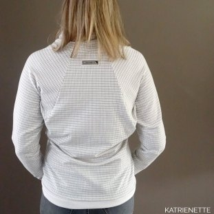 katrienette sukie sukki sukkie lillestoff pulli susalabim grill see you at six syas playtime sweater trui sewing naaien pull coltrui col
