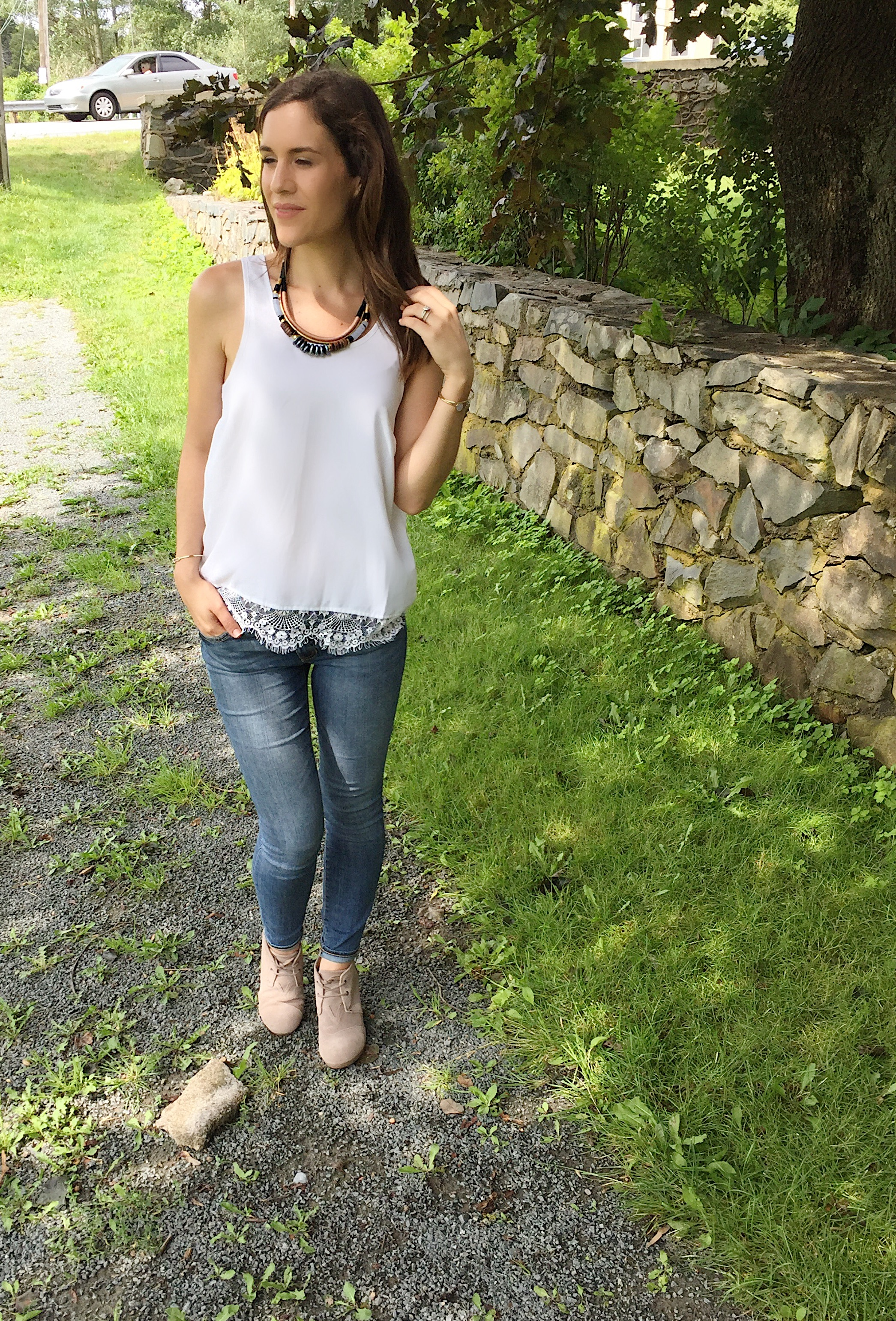Denim & booties make this the perfect fall outfit in day 3 of my 5x5 style challenge