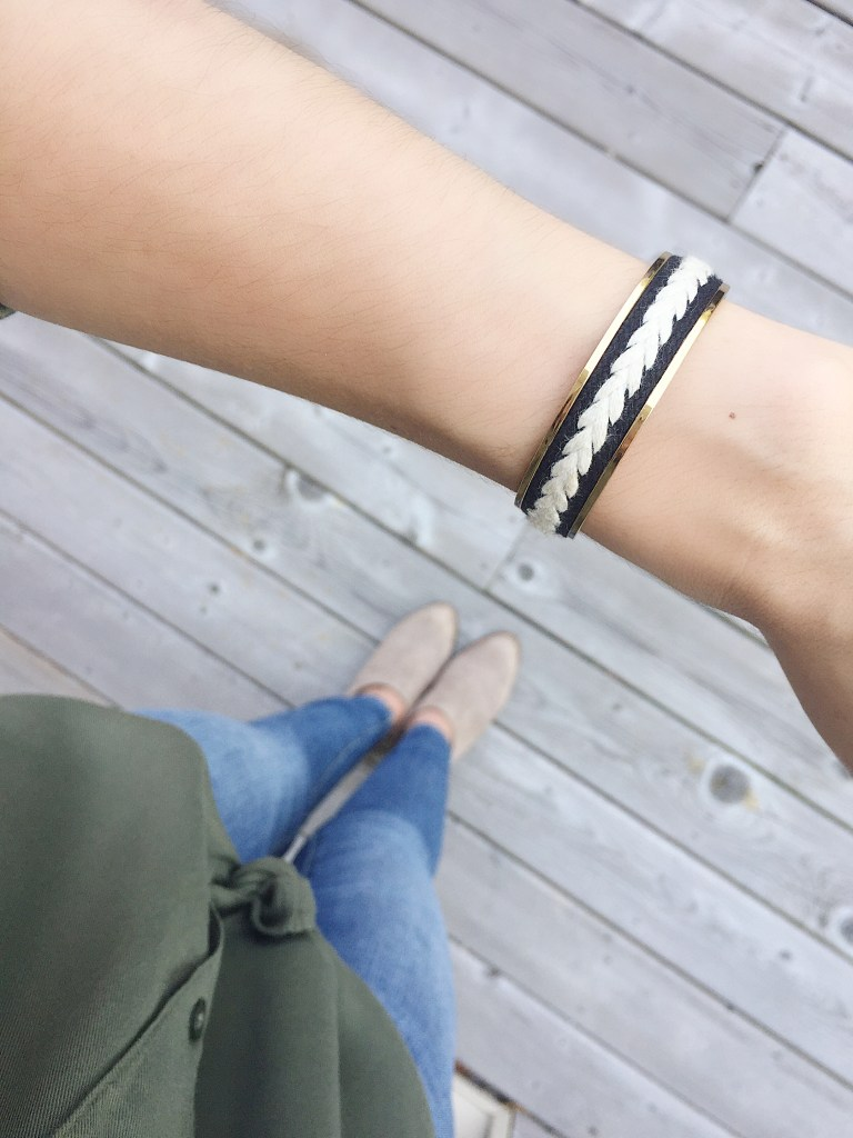A great neutral Stella & Dot cuff finished this fall look