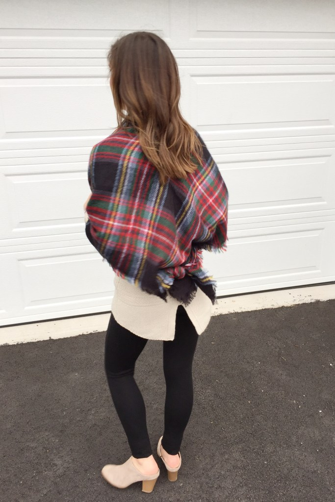 how to tie a blanket scarf as an easy shawm