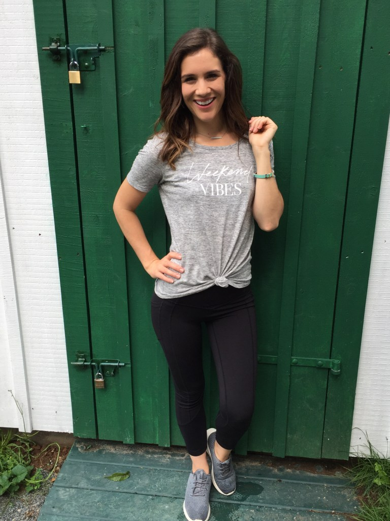 Leggings & knotted tee make a perfect casual look