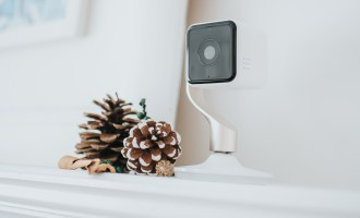 Hive View Smart Indoor Camera, Always Keeping an Eye on Things