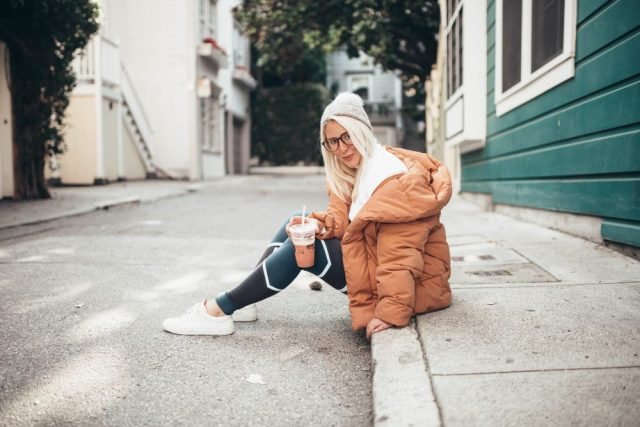 KatWalkSF, Union St., San Francisco Style, Fashion, Style, Sweaty Betty, Base Layers, Ski Clothes, Puffer Coat, Fashionista, Fashion Diaries, Greats Brand, Be One of the Greats, Street Style, SF Blogger, Top SF Blogger, White Hair, Jins Eyewear, Grey Beanie, SF Blogger Style