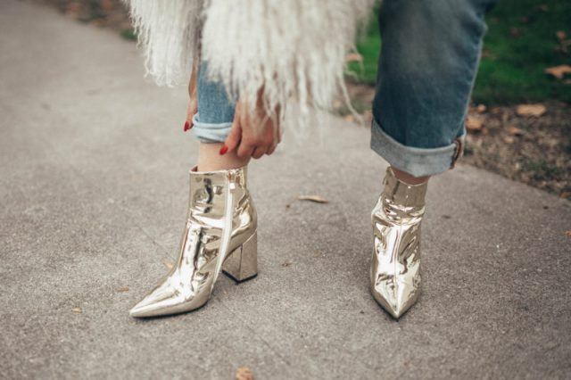 SOTD, Shoes of the day, Public Desire, Public Desire UK, Street Style, Lookbook, Trendy Shoes, Stylist, KatWalkSF, Kat Ensign, Fashionista, Fashion Diaries, Gold Boots, White Boots, Top San Francisco, Fall Fashion, Winter Bootsa