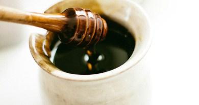 Kávé mézzel? 5 tipp- hogyan édesítsd a kávéd mézzel!