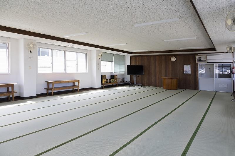 川辺仏壇工芸会館 2階 体験作業場