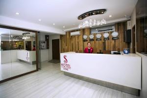 Great deals at the s hotel and residences, cebu city, philippines! book a room now! 004