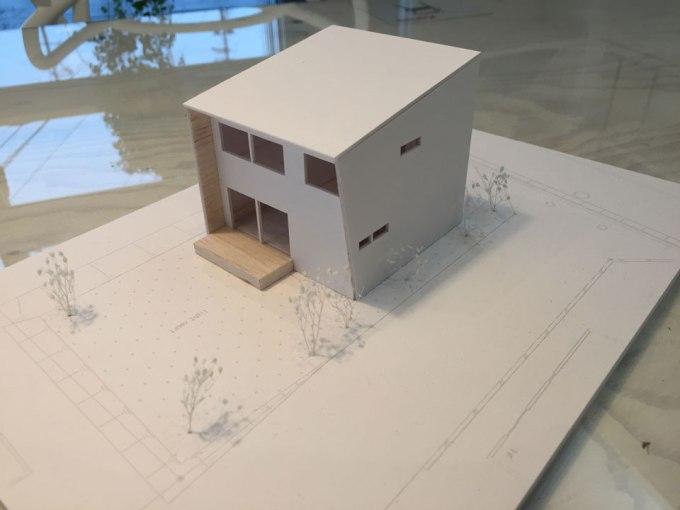 長尾で建てる家