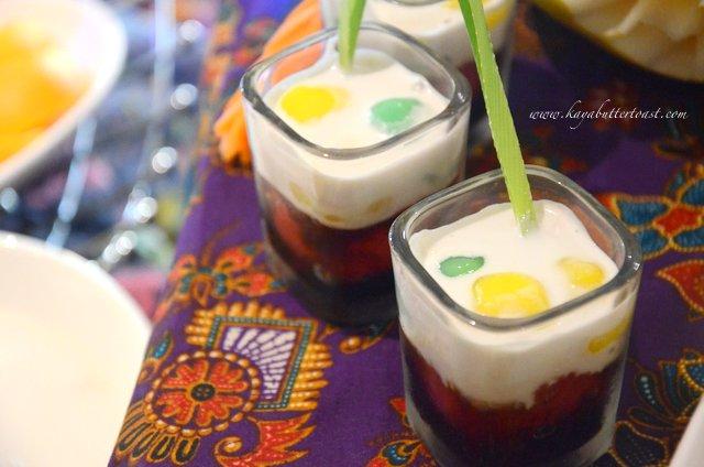 Songkran Sawadee Pee Mai @ Swez Brasserie, Eastin Hotel, Bayan Lepas, Penang (20)