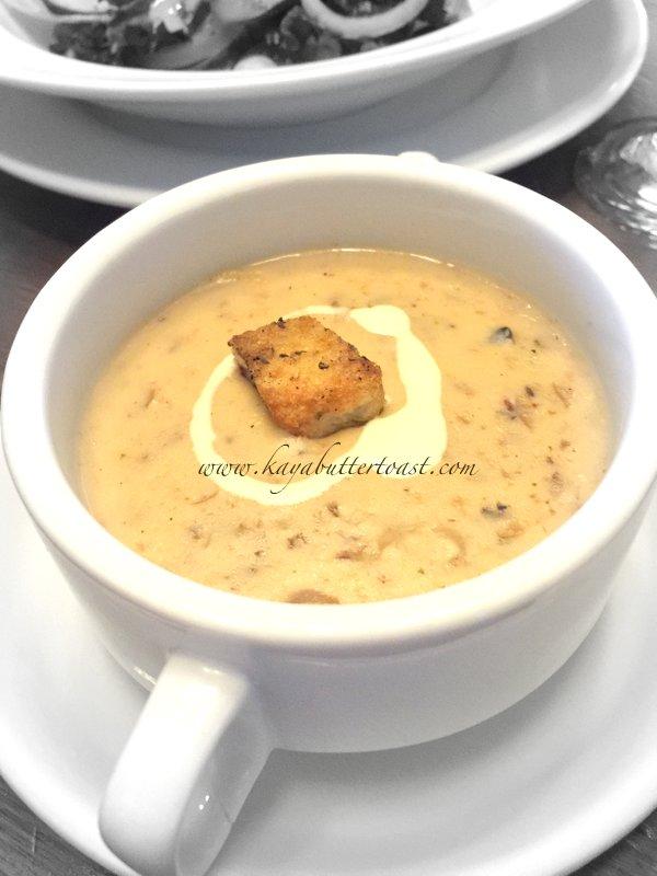 [Buy 1 Free 1 Set] David Brown Restaurant & Tea Terrace @ Penang Hill, Air Itam, Penang (17)