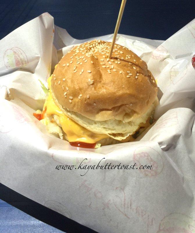 Clash of Clan Spoof Burger aka COC Burger @ Jalan Lembah Permai, Tanjung Bungah, Penang (17)