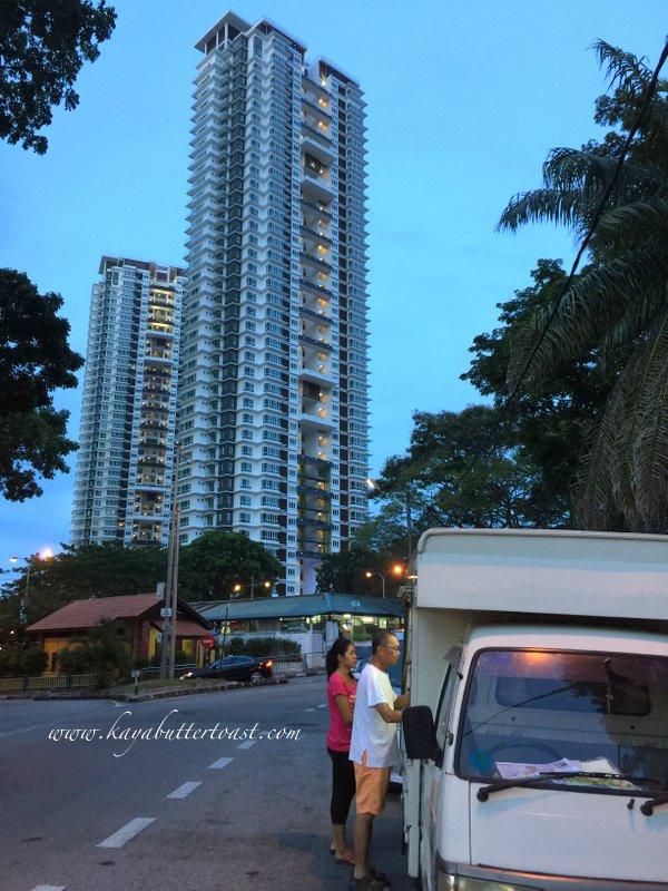 Hillside Tanjung Bungah Uncle Burger Van @ Tanjung Bungah, Penang (3)