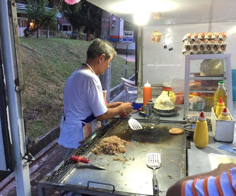 Hillside Tanjung Bungah Uncle Burger Van @ Tanjung Bungah, Penang (4)