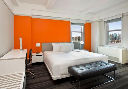 Row Nyc New York Bedroom