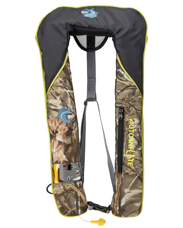 Should you choose a manual or auto inflatable pfd while for Best kayak fishing pfd