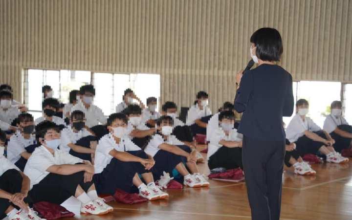 豊川市立中部中学校 SDGs講演会
