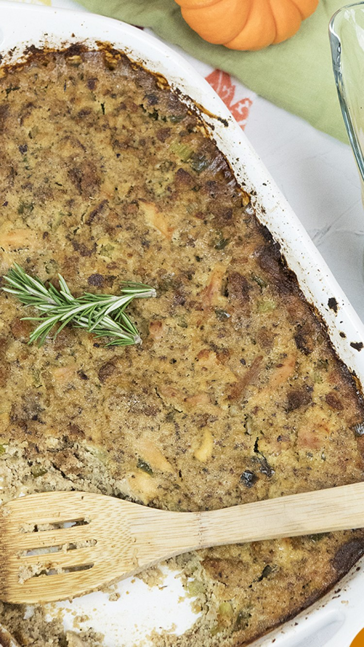 Gluten_Free_Paleo_Cornbread_Stuffing