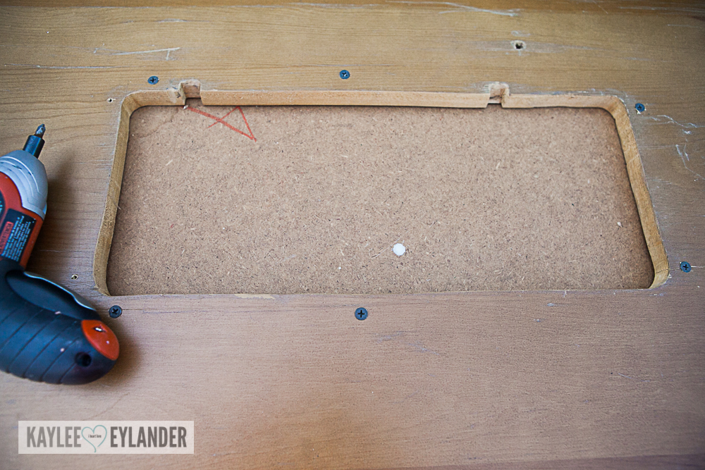 DIY Chalkpaint changing table from dresser-5