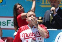 Photo of Takmičenje u prejedanju – Amerikanac pojeo 71 hot-dog